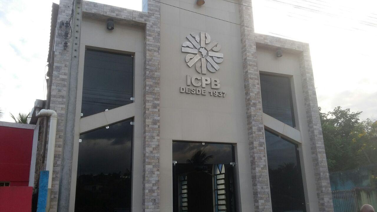 Letreiro de aço inox produzido para ICPB Recife