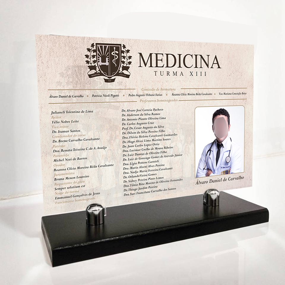 Réplica de Formatura curso de Medicina