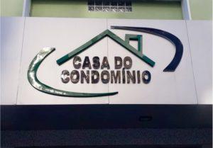 Casa do Condomínio – Fachada de ACM