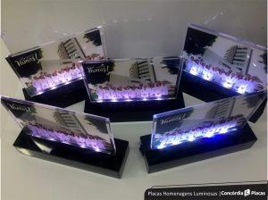 Homenagens Placas Luminosas com Impressão UV